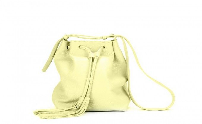 Little bag in lemon color - perfect accessory to the spring stylization. Buy this fashionable gift for your Mom! #bag #springstyle