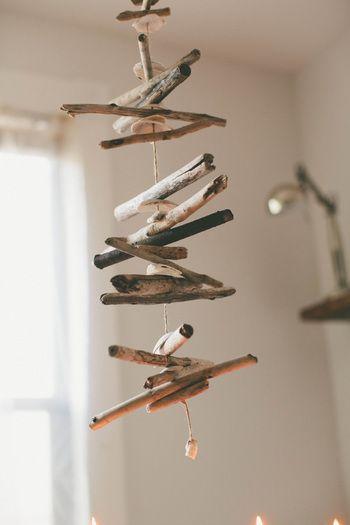 たくさんの細かな流木をつなげてつなげてつなげて…。ただそれだけなのに、アートのようなオブジェに大変身!