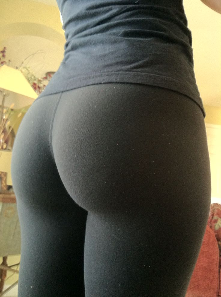 girl gets fuck through the yoga pants