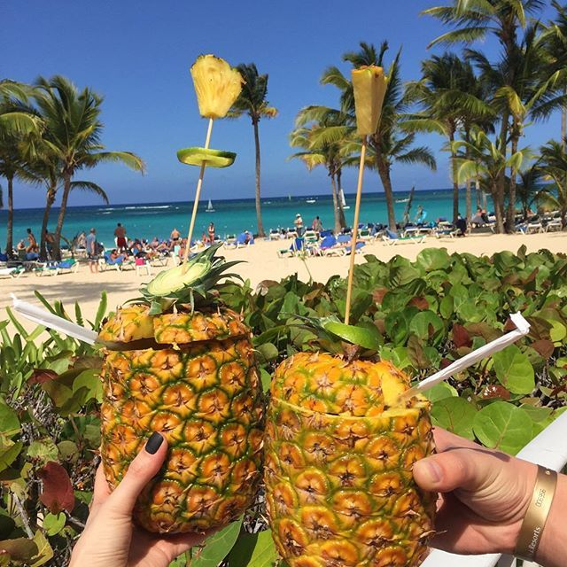 Cheers - Riu Palace Punta Cana - All Inclusive Hotel In Punta Cana, Dominican Republic