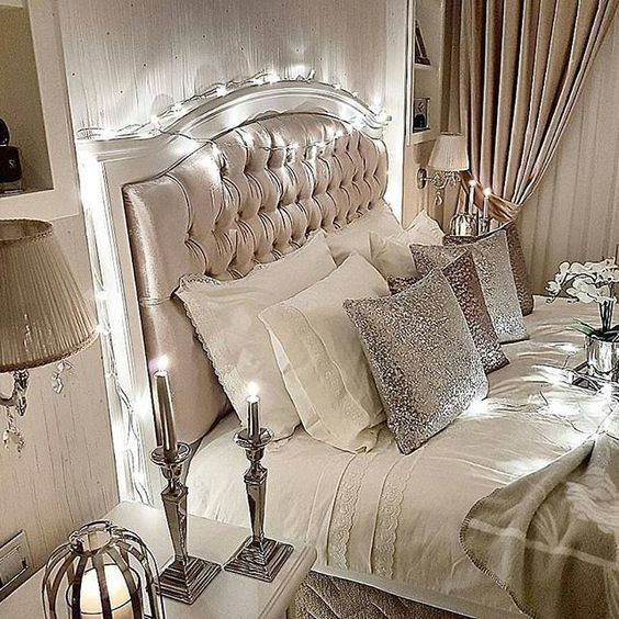 Thereu0027s Something About These String Lights That Gets Me. ♡ Love The Soft  Hues, Glitter, Glam And Style.