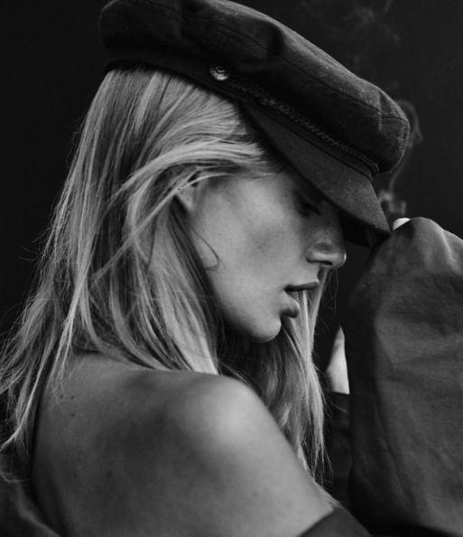 @mayastepper rocking the Brixton FIDDLER CAP - BLACK