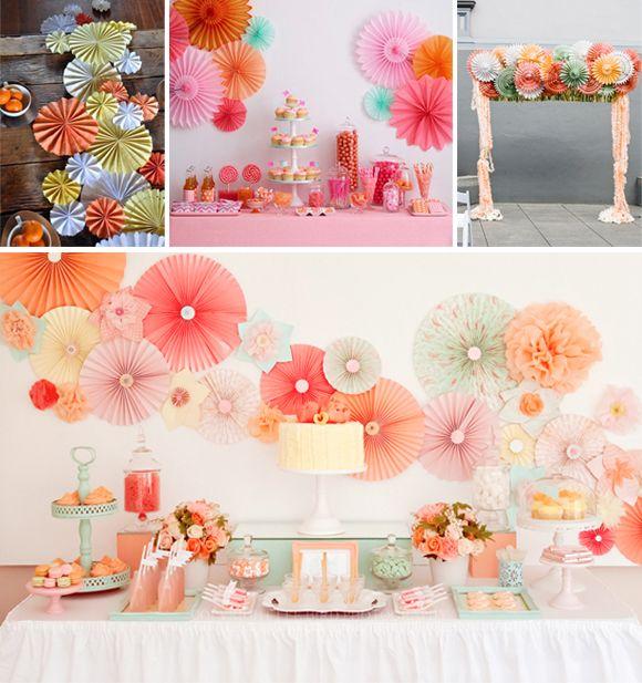 abanicos de papel en tu boda candy bar arco ceremonia camino mesa