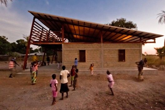 compressed sand and cement in Senegal. Built entirely by villager volunteer work and no electricity in Senegal. A nice case study.
