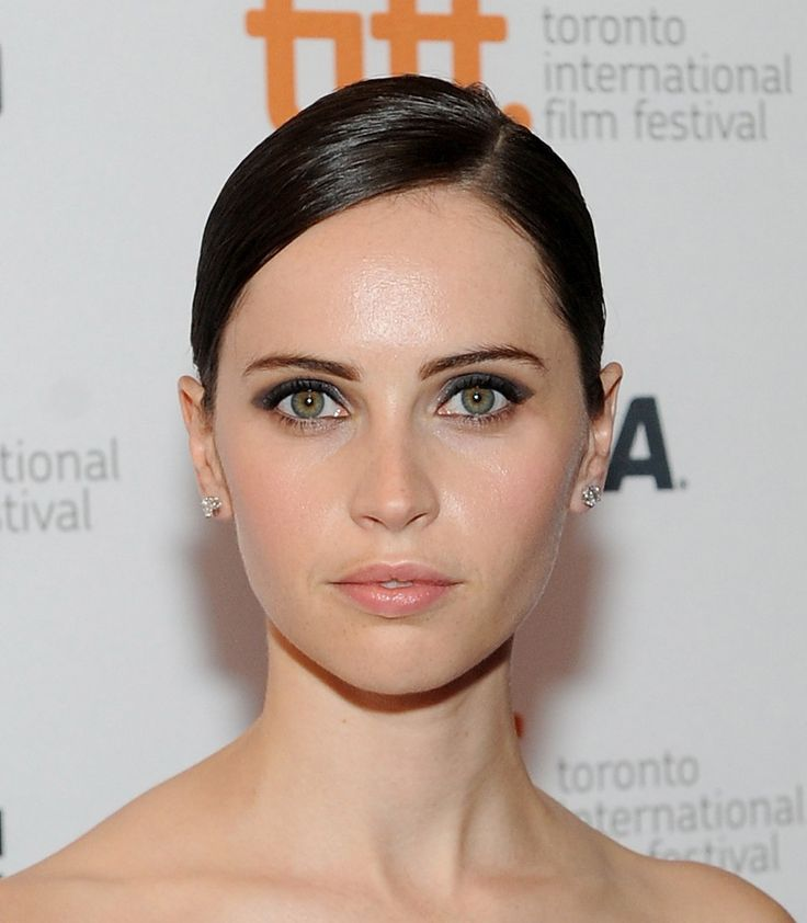 Felicity Jones Hair - StyleBistro
