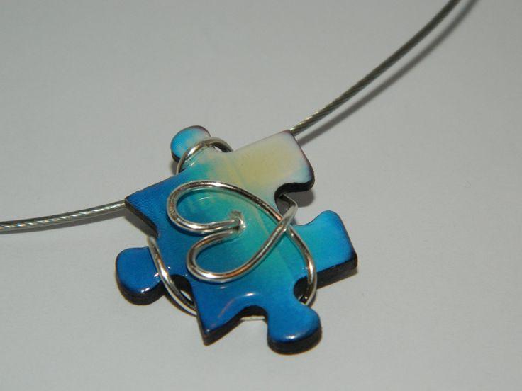 I Heart Autism Puzzle Piece Necklace van June8Jewelry op Etsy
