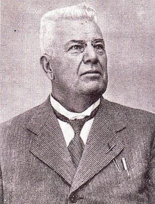 Arturo Malignani. Imprenditore e inventore  nato a Udine. http://it.wikipedia.org/wiki/Arturo_Malignani