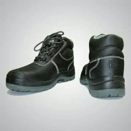 https://www.tokopedia.com/harmoni-queen/safety-jogger-joger-bestboy