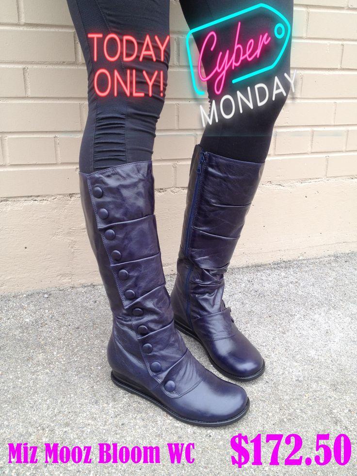 #TraxxFootwear #CyberMonday