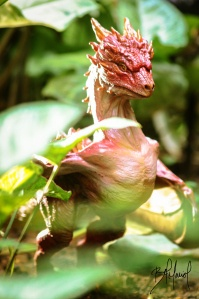Red dragon sculpture. Bel Maciel portifólio - http://cargocollective.com/BelMaciel