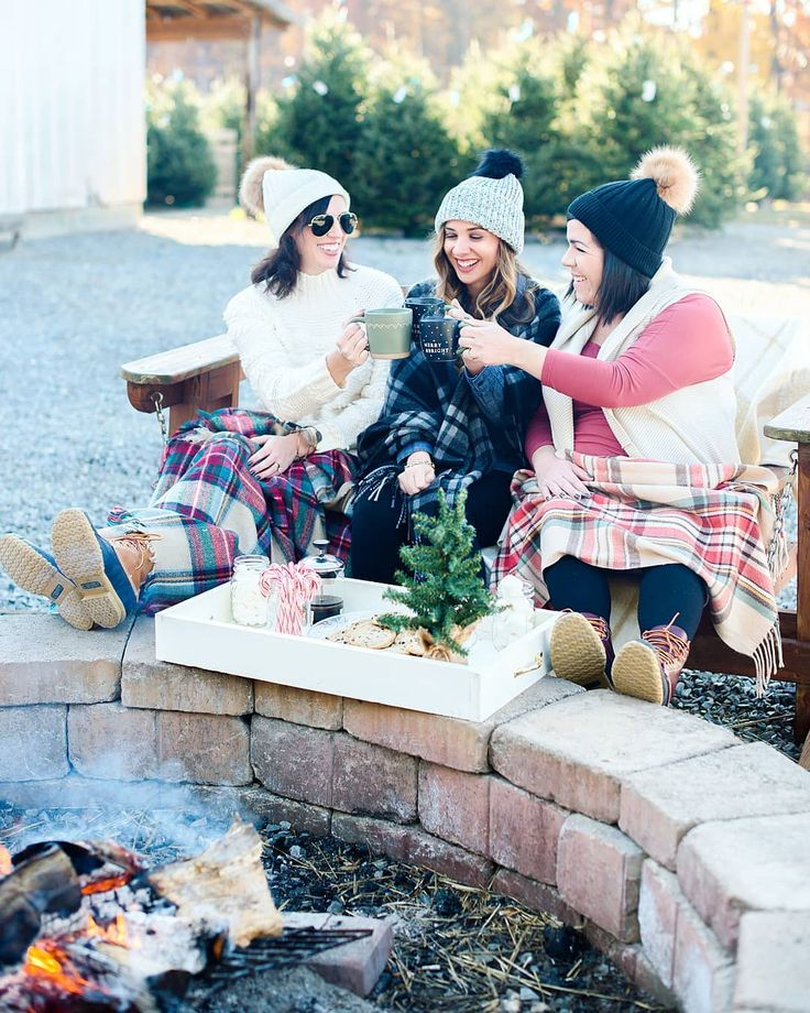 Bloggers Blog Blogger Friends cheers cold winter weather styled shoot poses pose idea ideas shot list shoot GloryRoze Photography photographer bonfire fire bean boots duck boots women women's fashion woman plain blankets #otbt #otb #ontheblog #ontheblogtoday #winter #wintervibes #december #winterweekends #blankets #fire #christmascookies #candycanes #marshmallows #hotcocoa #mugs #cheers #christmastrees #duckboots #beanies #christmas #nc #northcarolina #ncbloggers #bloggers #blog…