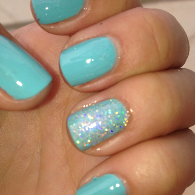 Tiffany Blue Nail Art: My Tiffany Blue Nails With A Touch Of Irredescent!!