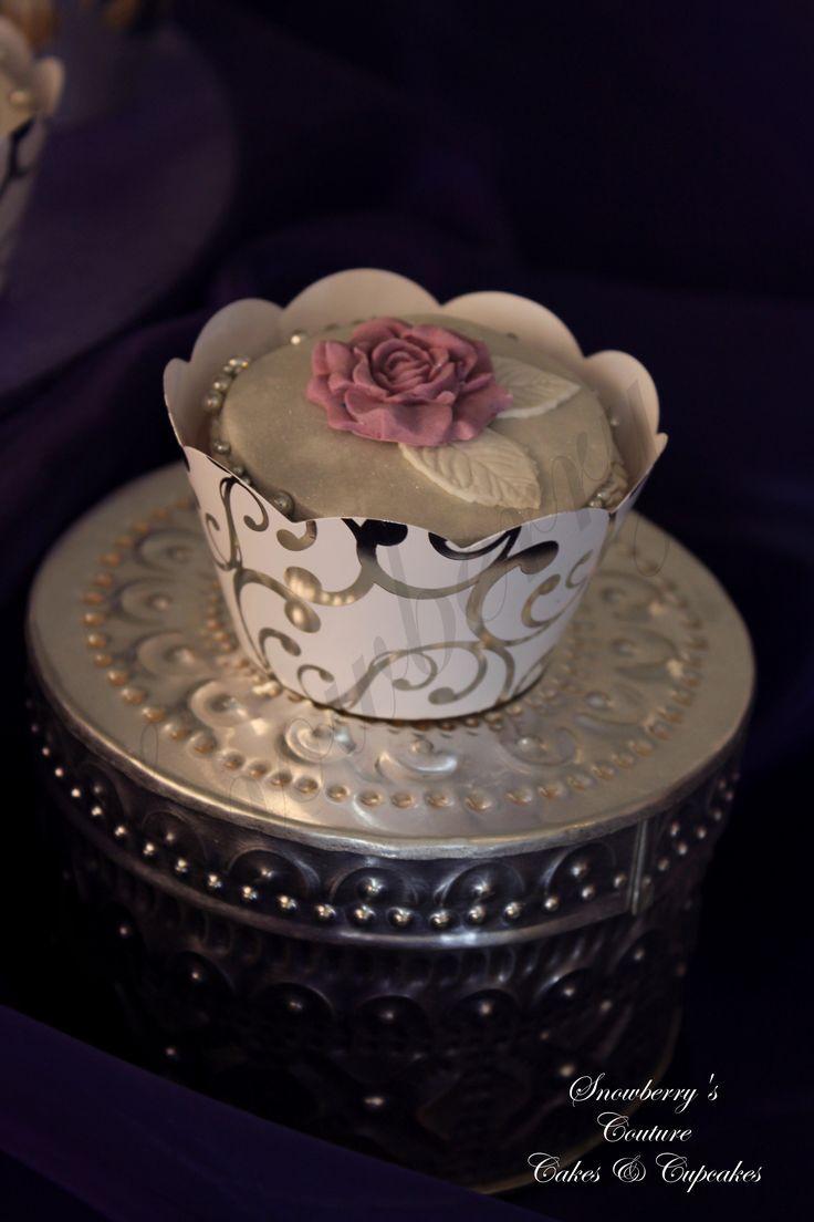 White and purple rose wedding cupcake