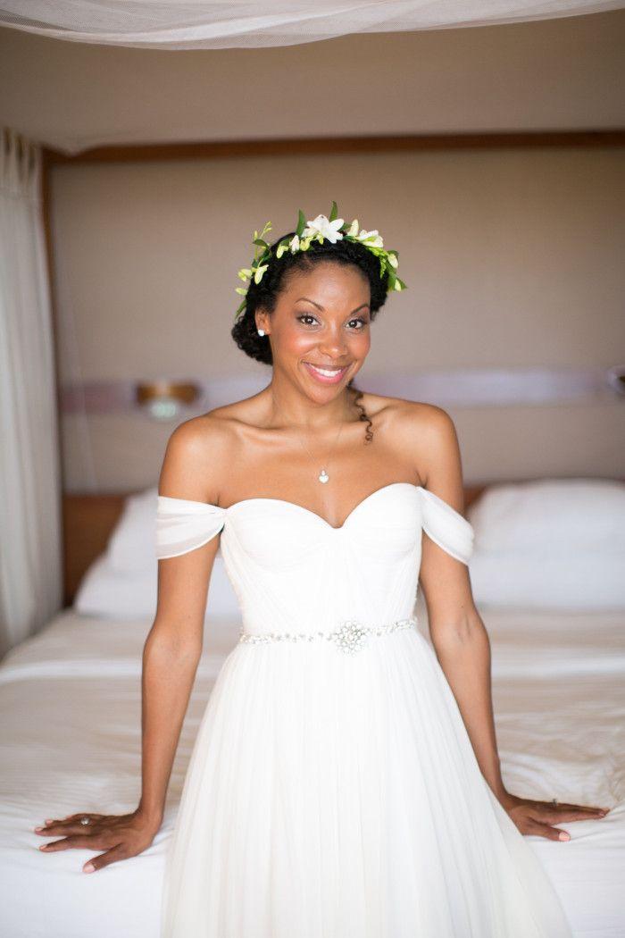 Best Hairstyle For V Neck Wedding Dress : Best 25 afro wedding hair ideas on pinterest natural