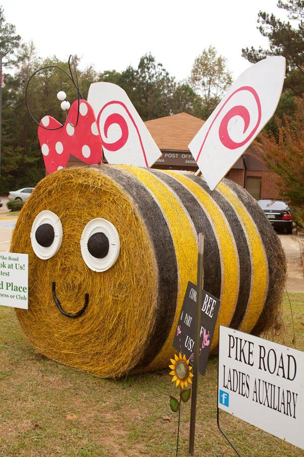Hay Bale Decorating | Bumble Bee
