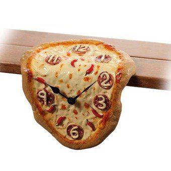 Orologio da mensola o scrivania a forma di pizza. Perché è sempre l'ora giusta per una pizza