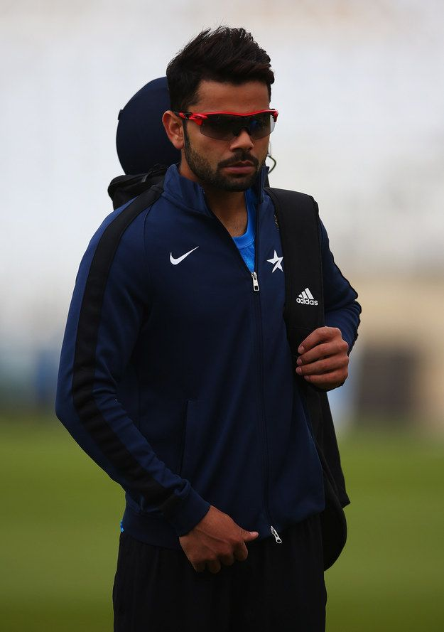 *India collectively drowns in its own drool* | 16 Convenient Excuses To Stare At The Unbelievably Sexy Virat Kohli