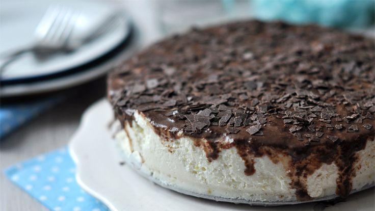Mennyei túrótorta csokival - sütés nélkül