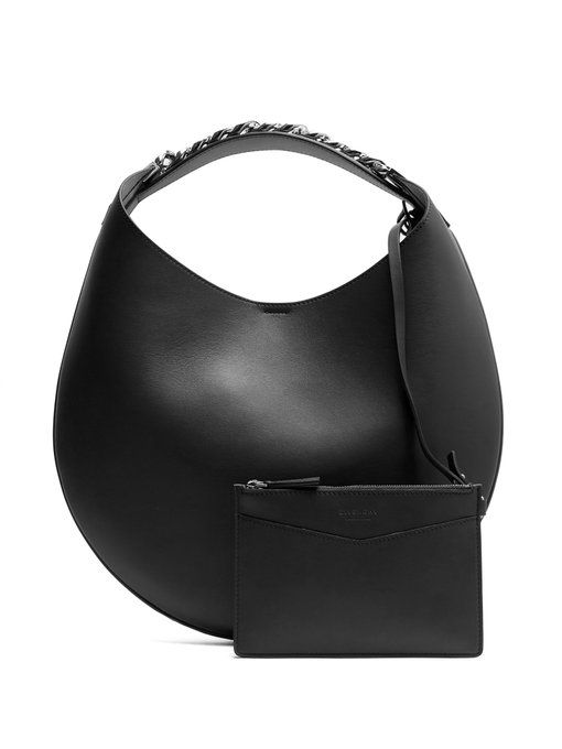 c543db28ba5 Givenchy Infinity small leather chain hobo bag | Zwarte handtas | Givenchy,  Bags, Fashion