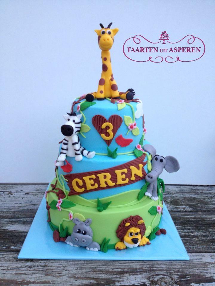 Jungle dieren taart! Giraf, olifant, leeuw, nijlpaard en zebra op de taart voor Ceren!