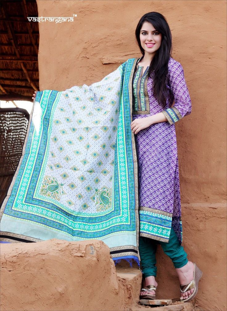 Vastrangana finest collection with the most authentic designs in finest Maheswari Fabric (Maheshwari has been a centre of handloom weaving since the 5th century)Jalsa Collection