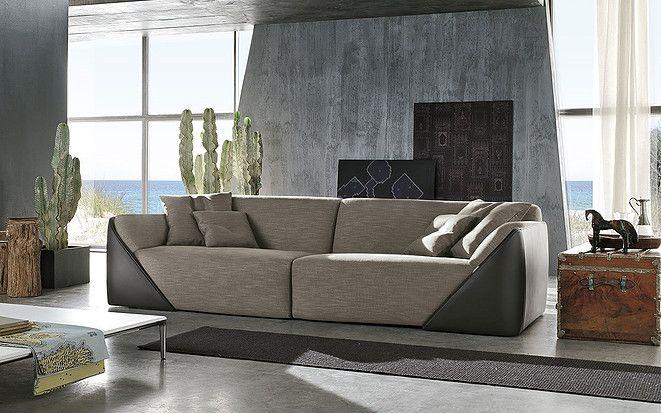 Elegante, cómodo y versátil es el sofá de diseño Lagoon de Alivar.#Alivar #Sofá #Interiores #Desing #AtelierCasa #Bogotá #Caracas