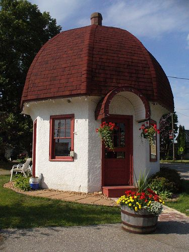 Little Hexagonal Dome Cottage Enjoy A Mini Vacation In A