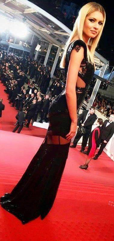 CRISTALLINI #BlackDress #Sequins #Prom #RedCarpet #EveningDess