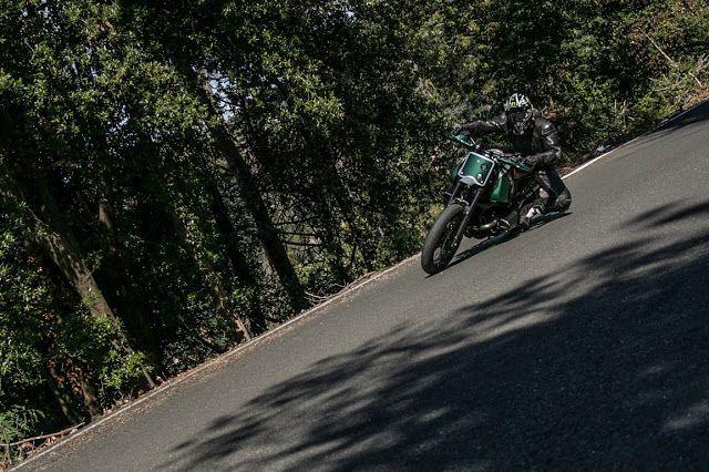 "Bmw R1100 GS Street Tracker ""Bombardone"" by Officine Sbrannetti #motorcycles #streettracker #motos | caferacerpasion.com"