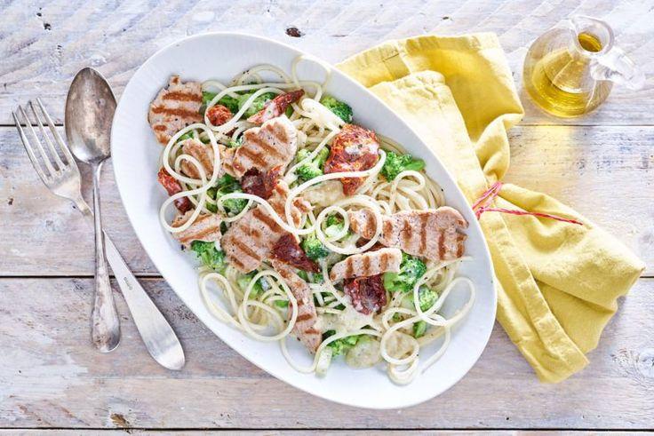 Pasta met een bite. De gorgonzola brengt alle smaken samen - Recept - Allerhande