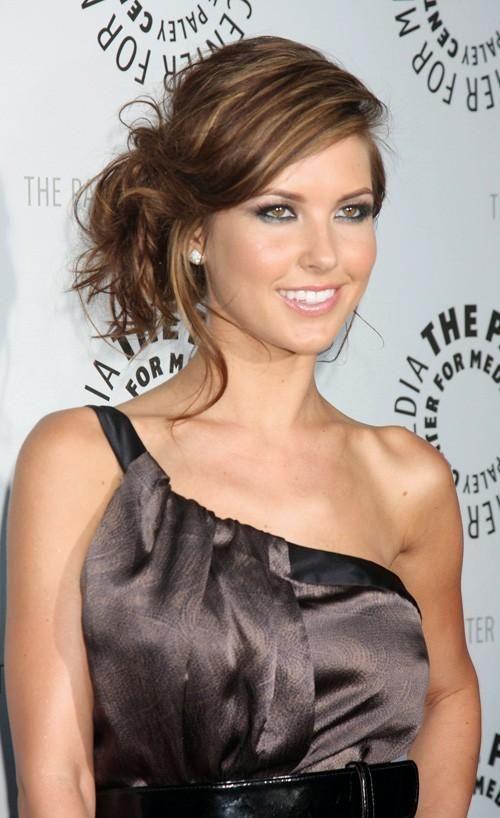 brown hair with highlights | from The Hills. I really like the brown with bright blonde highlights ...