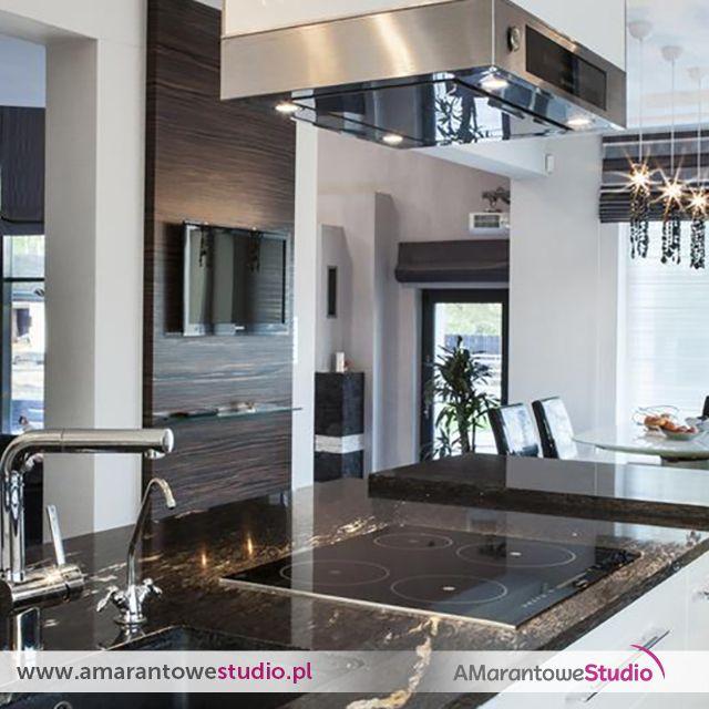 Wnętrze w stylu glamour - wystrój wnętrz w stylu glamour - aranżacja glamour.  Zobacz więcej na www.amarantowestudio.pl  Zobacz na Instagramie zdjęcia i filmy użytkownika Amarantowe Studio (@amarantowestudio)