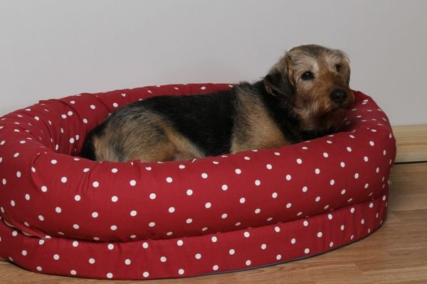 Kip Dog Beds Snuggle Bed in Dotty Multi fabric