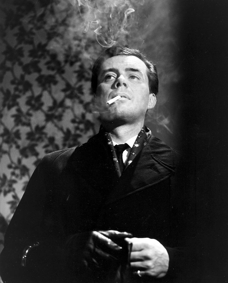 Dirk Bogarde in THE SERVANT (1963)