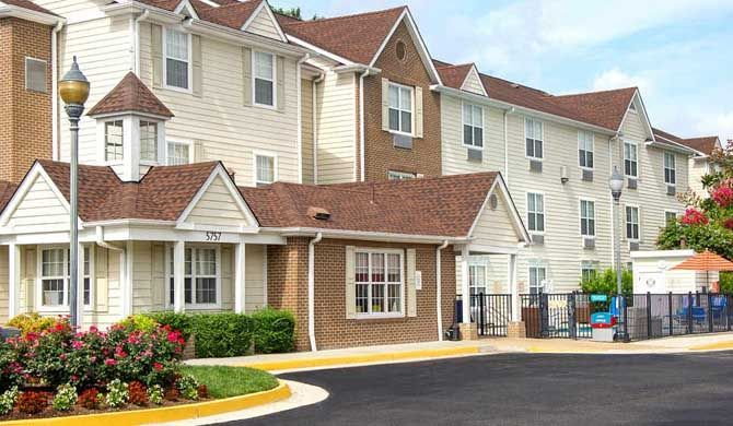 TownePlace Suites Virginia Beach Extended stays have never been more comfortable and convenient than at TownePlace Suites Virginia Beach.    Whether you're here to meet business clients or visit loved ones in the military, our hotel... #Apartment #Hotel  #Travel #Backpackers #Accommodation #Budget