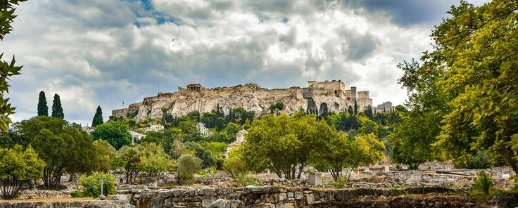 Planning your trip to #Athens? We've made a list of the most attractive sights to help you get the most out of your #vacation! #epiculiar #localhostsworldtreasures #summeradventure