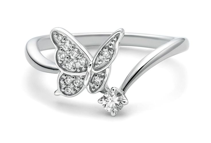 Platinum and diamond butterfly ring by Cafe Ring Japan