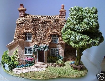 "LILLIPUT LANE ""CHERRY BLOSSOM COTTAGE"""