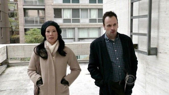 elementary wardrobe | Elementary – Season 1, Episode 11 – The general manager of a ...