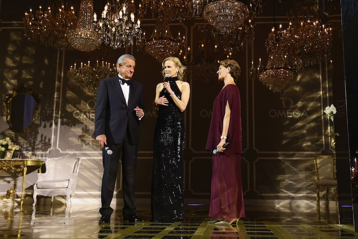 MILAN, ITALY - SEPTEMBER 16: Stephen Urquhart, Nicole Kidman and Cristina Gabetti attend OMEGA 'Her Time' Gala Dinner at Palazzo Del Ghiaccio on September 16, 2015 in Milan, Italy. (Photo by Vittorio Zunino Celotto/Getty Images for OMEGA)