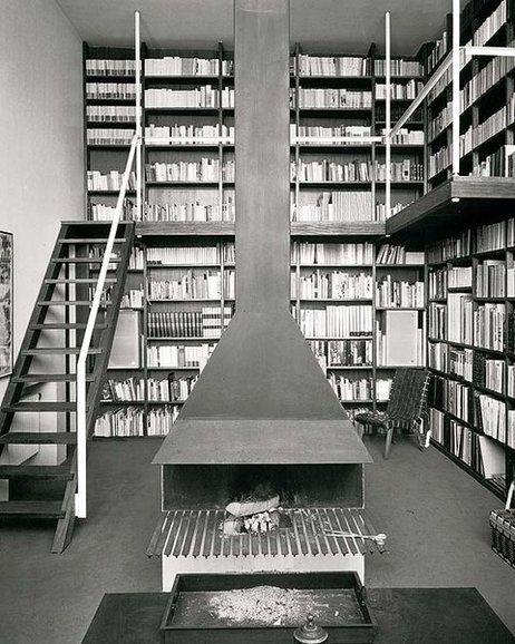 JOSE ANTONIO CODERCH - Interior de la casa de Tápies [Barcelona, 1961] Con chimenea Polo