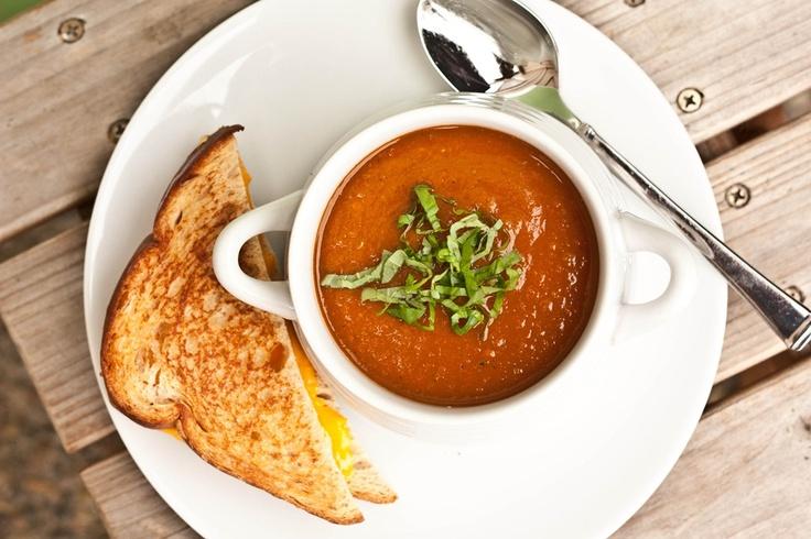 Roasted tomato basil soup | Nourishing--Soups | Pinterest
