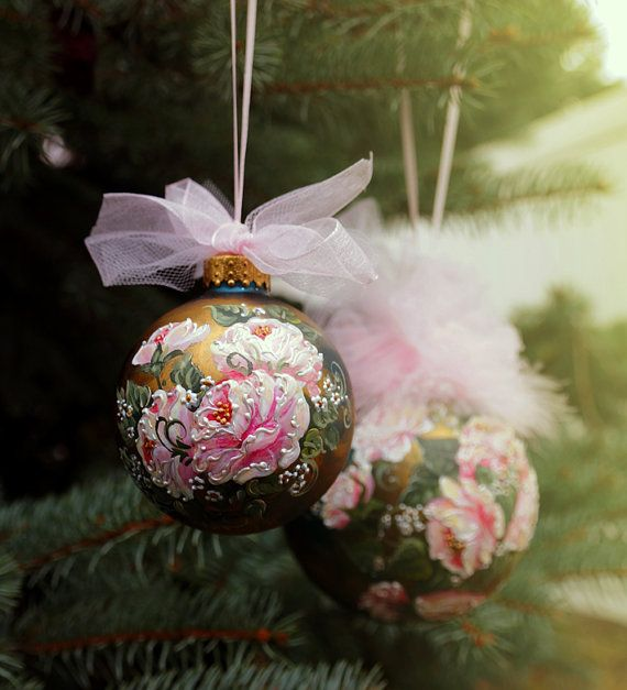 #Christmas #ornament #Christmas #bauble  #Christmas #bulb #glass #ornament #Victorian #roses #shabby #chic #handmade #painted #vintage #decoration #décor #pink