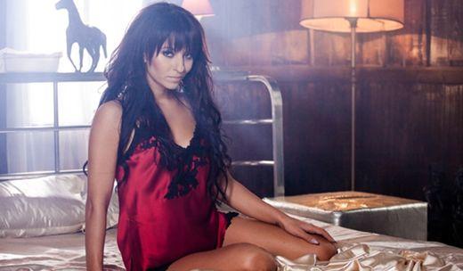 Videoclip: Giulia - My Life  http://www.emonden.co/videoclip-giulia-life