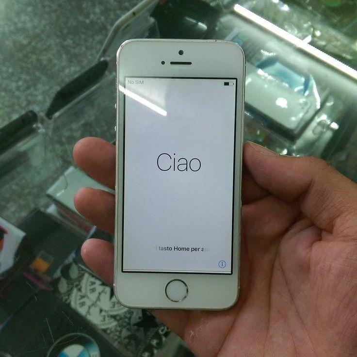 De venta iphone 5s 15Gb. Unlock.  Precio $7500.  Usado algunos signos de uso buenas condiciones.  Teléfono 809-626-0890 Whatsapp 809-322-8783