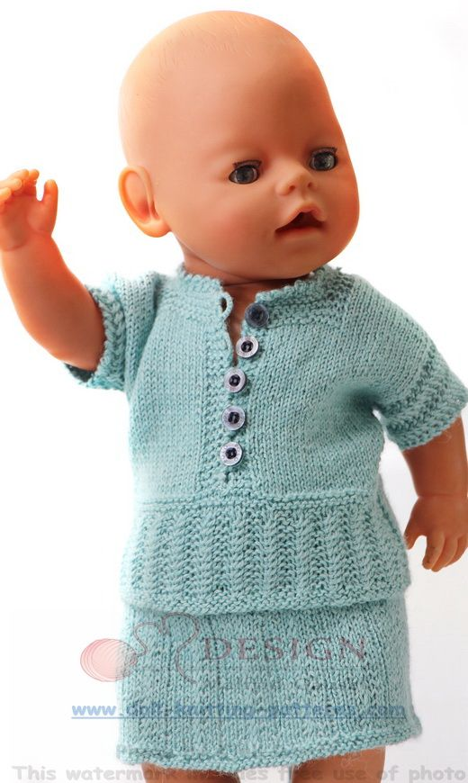 Doll knitting summer outfit July 2015
