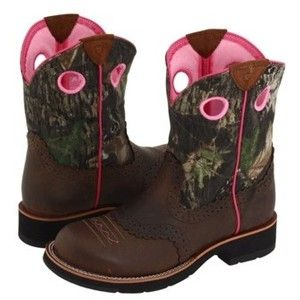 My cowboy boots ;)Camo Cowboy Boots, Country Girls, Ariat Fatbaby, Cowgirls Cowboy, Riding Boots, Fatbaby Cowgirls, Cowgirls Boots, Camo Boots, Mossy Oak