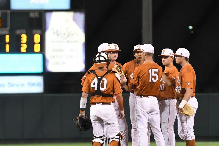Texas baseball season ends with 2-1 loss to LBSU - Burnt Orange Nation