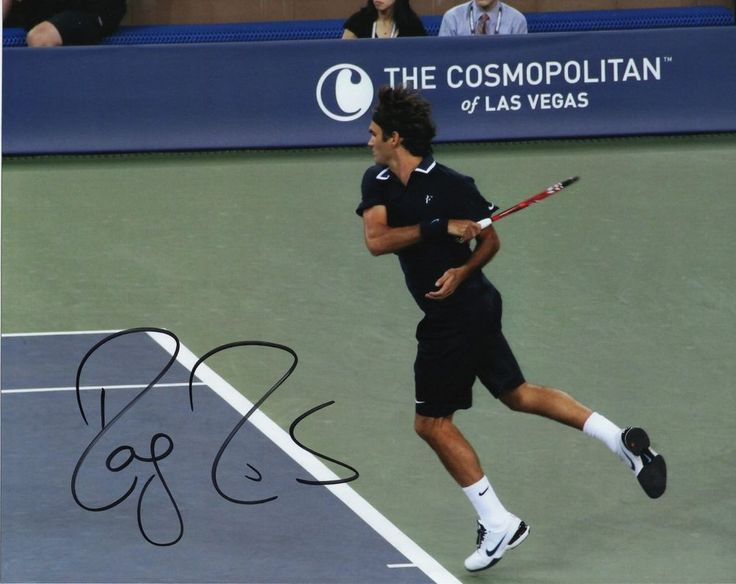 ROGER FEDERER Autographed Hand Signed 8 x 10 TENNIS Photo Photograph
