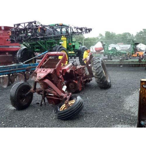 International Tractor Salvage Yard : International tractor salvaged for used parts call